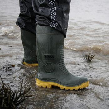 Best waterproof fishing wellies